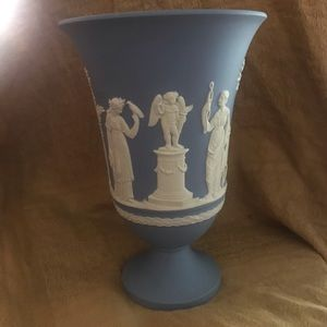"""Wedgwood 7.5"""" blue vase"""